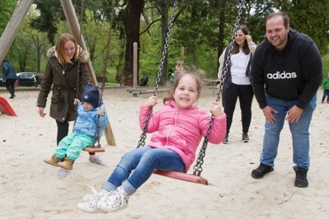 <p>Spielplätze öffneten im Mai Schritt für Schritt.&nbsp;Viele Familien, die in den vergangenen Wochen wegen der Coronakrise stark eingeschränkt waren, freuten sich wie im Plauener Stadtpark.&nbsp;</p>