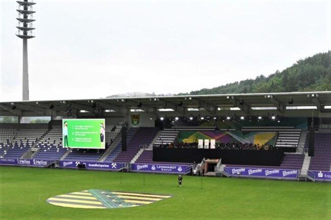 <p>Laschet sprach beim Festkonzert anlässlich des 30. Jahrestags der Wiedergründung des Freistaats Sachsen im Erzgebirgsstadion Aue-Bad Schlema.</p>