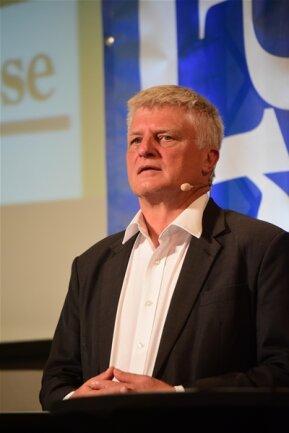 <p>AfD-Mann Ulrich Oehme will den Investitionsstau bei bestehenden Sportanlagen abbauen.</p>