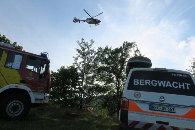 <p>Bei dem Unfall am Nachmittag verletzte sich der Mann – es soll sich um einen erfahrenen Kletterer gehandelt haben – so schwer, dass ihn ein Rettungshubschrauber in ein Krankenhaus ausfliegen musste.</p>