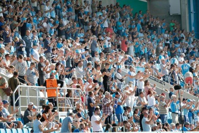 <p>4600 Zuschauer waren für die Partie zugelassen.</p>