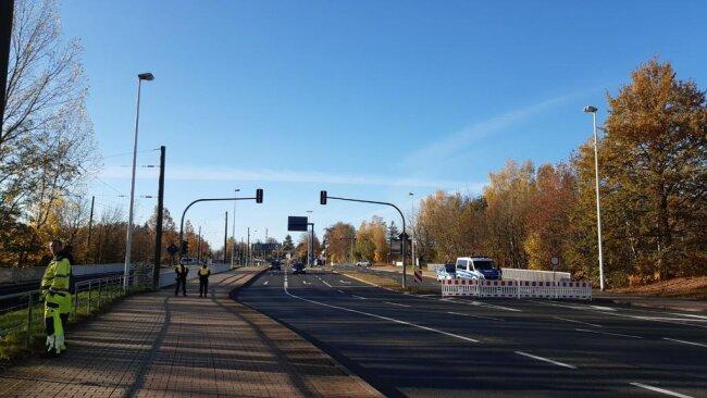 <p>9 Uhr: Auf der Stollberger Straße gibt es kaum noch Verkehr.</p>