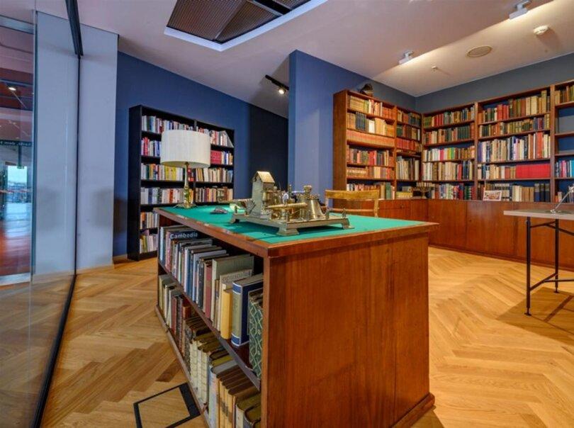 <p>Die Heym-Bibliothek, die sich jetzt im Chemnitzer Tietz befindet. (Es folgen weitere Bilder)</p>