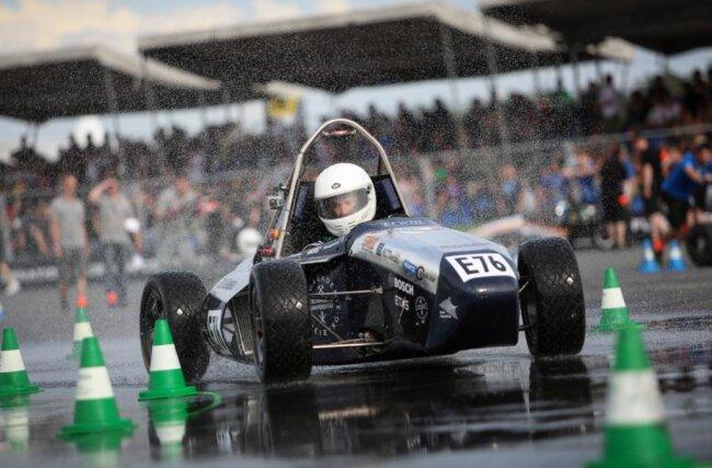 <p>RT 06: 4. Platz auf der Formula Student Electric Weltrangliste</p>