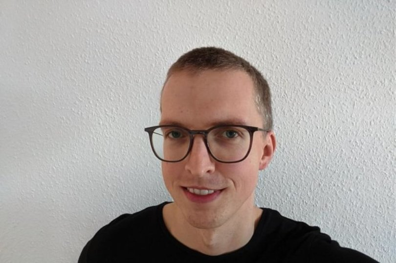 """<p>Jürgen Freitag, geboren 1987 in Jena (Thüringen). Er hat Politikwissenschaft studiert. Seit 2013 arbeitet Jürgen Freitag bei der """"Freien Presse"""", zunächst als Redaktionsvolontär, später als Redakteur in der Lokalredaktion in Aue. Seit 2018 leitet er die Lokalredaktionen in Aue und Schwarzenberg. Seit diesem Jahr ist er zusätzlich als Regionalleiter für das Erzgebirge tätig.</p>"""