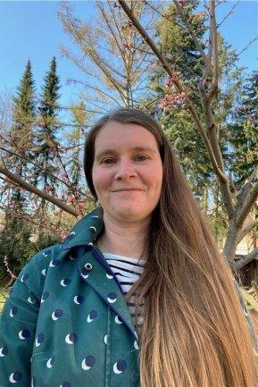 """<p>Susann Oertel verschlug es nach dem Studium der Theater-, Film- und Medienwissenschaften in Frankfurt am Main wieder in die alte Heimat, die sie erst als Volontärin bei der """"Freien Presse"""" so richtig kennenlernte. Seit bereits neun Jahren fühlt sie sich im Online-Team wohl. Liest, schreibt und kritzelt gern. Neuerdings entdeckt Susann Oertel ihr Herz für den Garten.</p>"""