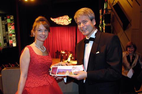 Opernball 2010  Bildnummer 087