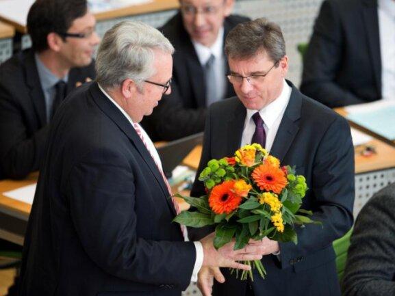 Landtag wählte Mackenroth (CDU) zum neuen Ausländerbeauftragten.