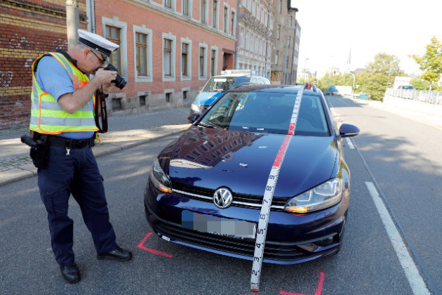 Auf der Fürstenstraße kam es zu einem Zusammenstoß zwischen der verletzten Person und dem VW.