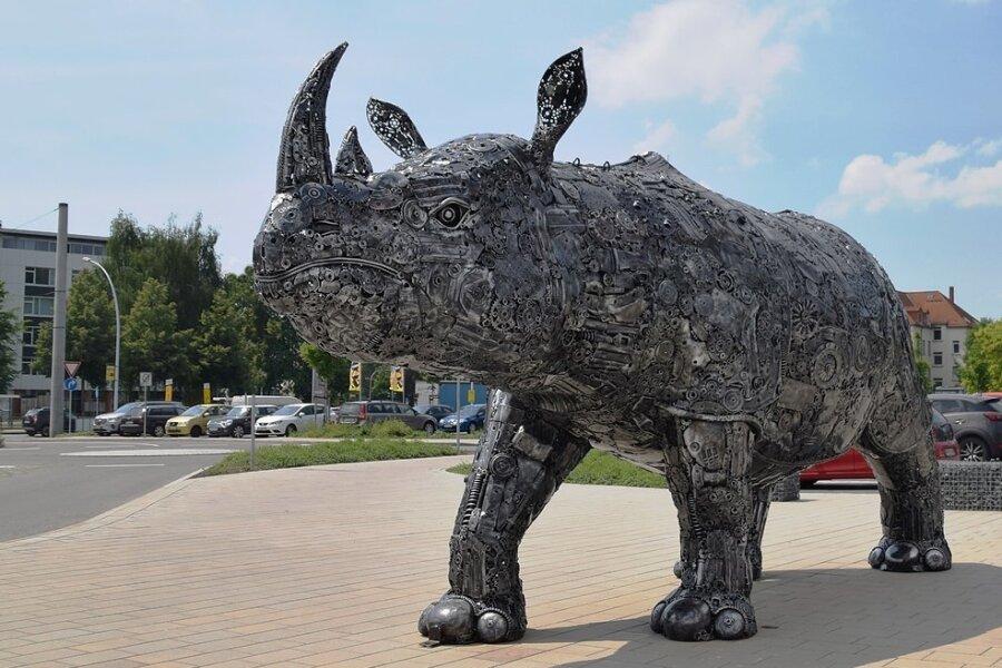 In Originalgröße und ziemlich naturalistisch: das Nashorn.