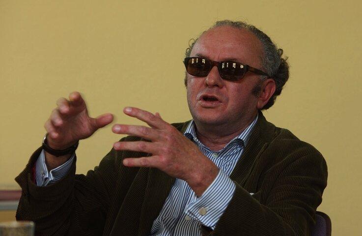 """<p class=""""artikelinhalt"""">Der Schriftsteller Gerald Zschorsch am Samstag im Vogtlandkonservatorium: """"Wir haben halt einfach gemacht."""" </p>"""
