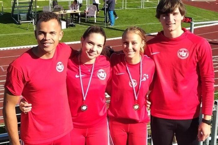 Sie überzeugten beim Leichtathletiksportfest in Zwickau: von links Yannick Schmalfuß, Carlotte Blank, Lou Stöß und Matteo Löscher.