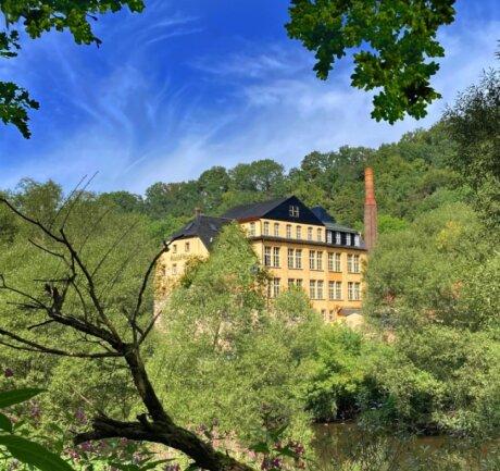 """Viele Passanten wissen gar nicht, welche Schätze in der 200 Jahre alten denkmalgeschützten """"Tannenhauerfabrik"""" am Zschopauufer zwischen Braunsdorf und Flöha gehütet werden."""