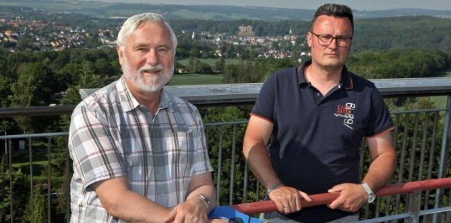 Ex-Stadtoberhaupt Wolfgang Sedner (l.) und Alexander Illing haben noch immer väterliche Gefühle für die Stadt.