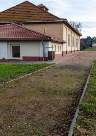 Für 155.600 Euro soll der Erlauer Sportplatz saniert werden.