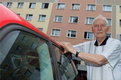 Helmut Weiner durchlebt in seinem Haus in der Erich-Mühsam-Straße gerade ein Martyrium.