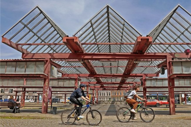 Nun soll auch an der Zentralhaltestelle ein kleines Stück Radweg entstehen.