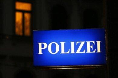 Bei einer Auseinandersetzung an einer Tankstelle an der Chemnitzer Straße in Annaberg ist am Samstagabend ein 36-Jähriger verletzt worden.