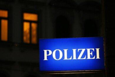 Ein Sechsjähriger ist am Mittwoch bei einem Unfall auf der A 72 bei Weischlitz verletzt worden.