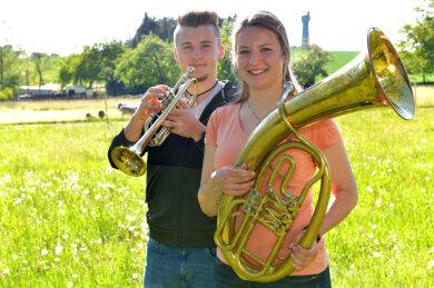 Mut machen und Freude bereiten: Dafür spielen Linda und Erik Küttner jeden Samstagabend in Bräunsdorf auf.