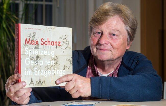 Gemeinsam mit seiner Schwester hat Mathias Zahn ein Buch über das Leben und Wirken ihres Großvaters Max Schanz herausgegeben.
