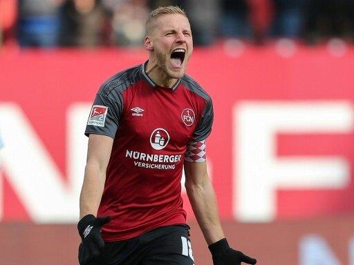 Behrens erzielte beim 3:1 in Kiel einen Doppelpack