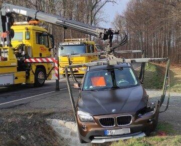 Die Fahrzeuge mussten nach dem Unfall abgeschleppt werden.