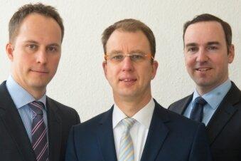 Gefragte Experten beim Telefonforum: Robert Wolf, Daniel Arnold und Karsten Lohr vom Bundesverband deutscher Banken.