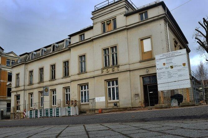 Neunutzung: Die ehemalige Post in Frankenberg wird zur Jugend-Kunst-Schule umgebaut.