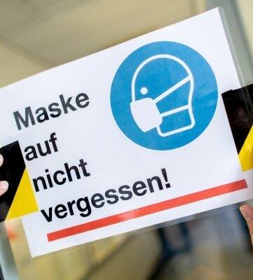 Die Maskenpflicht gilt an vielen Stellen weiter.