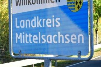 Glück Auf im Erzgebirgskreis - Neue Straßenschilder heißen Gäste willkommen