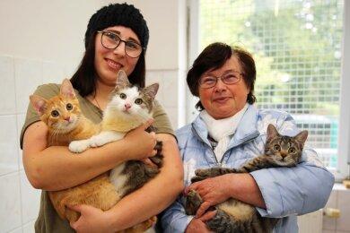 Emelie Auerbach (links) freut sich über die Ratschläge von Katrin Junold und die Hilfe der Spender.