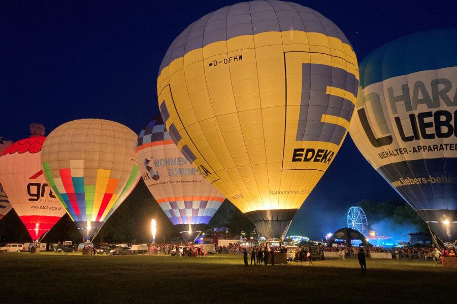 Zum Ballonfest kamen Tausende Besucher in den Küchwald.
