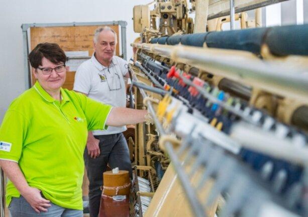 Im Stickereimuseum in Eibenstock erfolgt am 1. Februar ein Stabwechsel in der Leitungsfunktion: Matthias Schürer geht nach fast 30 Jahren in den Ruhestand, es folgt ihm Antina Richter.