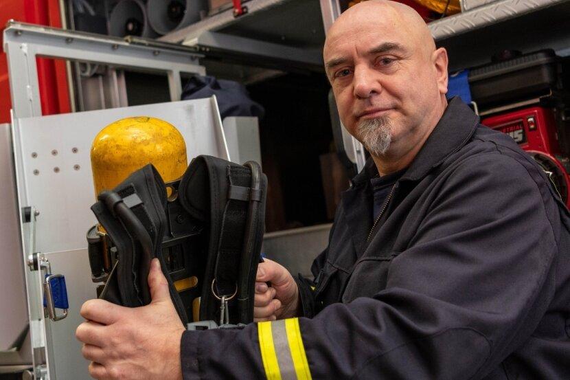 Andreas Fischer ist bei der Rochlitzer Feuerwehr zuständig für die Einsatzbereitschaft der Atemschutztechnik und unterstützt den Atemschutzwart bei den notwendigen logistischen Arbeiten.