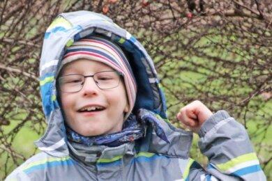 Der neunjährige Felix ist ein fröhlicher Bursche, aber er leidet an Alkohol- und Nikotinschädigungen, die ihm im Mutterleib zugefügt wurden.