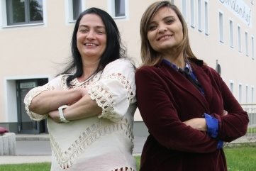 Nancy Ehnert und Becky Hellwig (v. l.) sind die Initiatorinnen des neuen Frauentreffs in Leubsdorf.