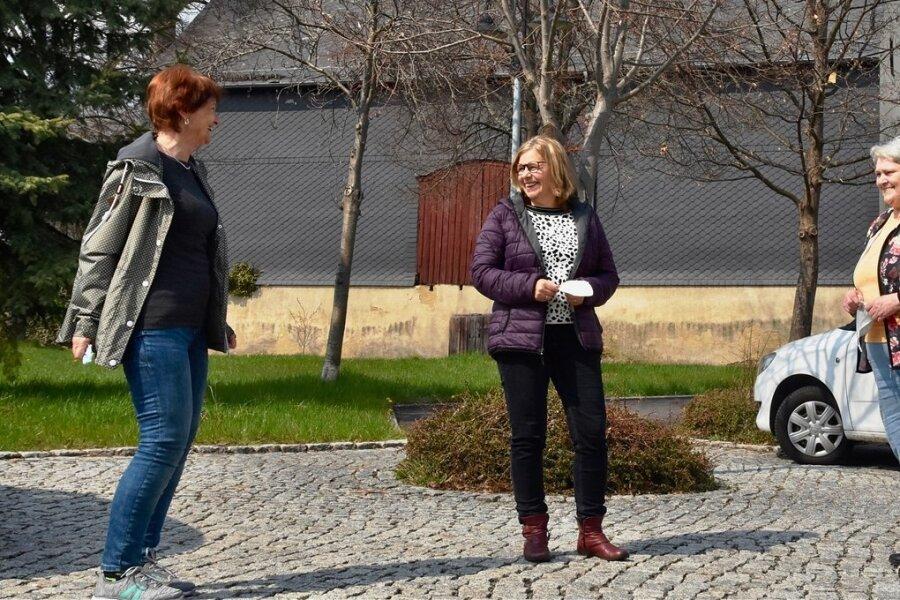 Bettina Pechmann, Petra Heinze und Martina Albrecht (von links) bilden den neuen Vorstand der Volkssolidarität in Niederfrohna.
