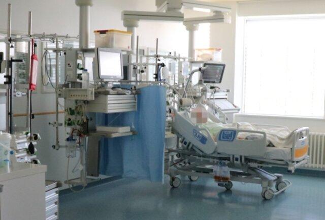 Aktuell werden im Kreiskrankenhaus Freiberg 13 Covid-Patienten betreut, vier davon auf der Intensivstation.