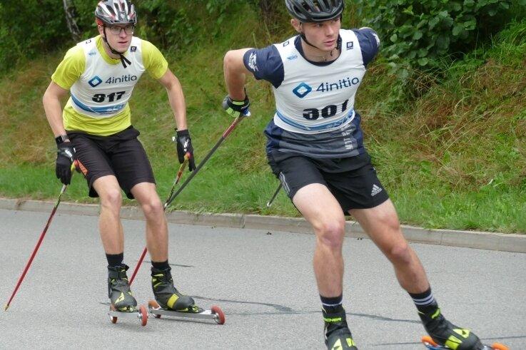 Toni Rollinger (rechts) und Cedric Gärtner vom ATSV Gebirge/Gelobtland setzten sich über 7,6 Kilometer früh an die Spitze des Feldes.