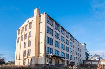 Die großen Pläne für das alte Berufsbildungszentrum (BBZ) liegen vorerst auf Eis.