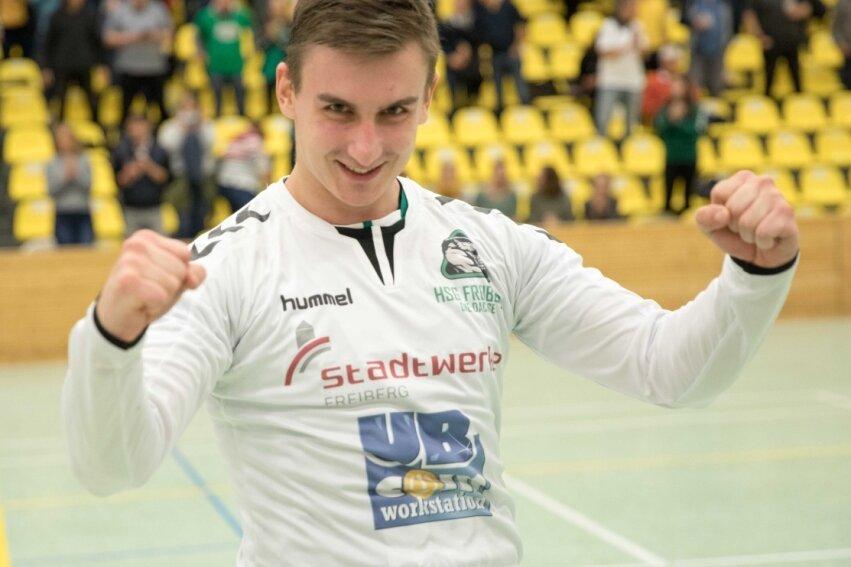 Hofft bald wieder mit der HSG jubeln zu können: Martin Rom. Nach seinem Kreuzbandriss schwitzt der zweitbeste Freiberger Torschütze dieser Saison derzeit zuhause in Tschechien für ein Comeback.