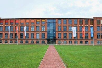 Der historische Bau in Pölbitz wird übergangsweise bis 2024 das neue Domizil des Amtsgerichts.