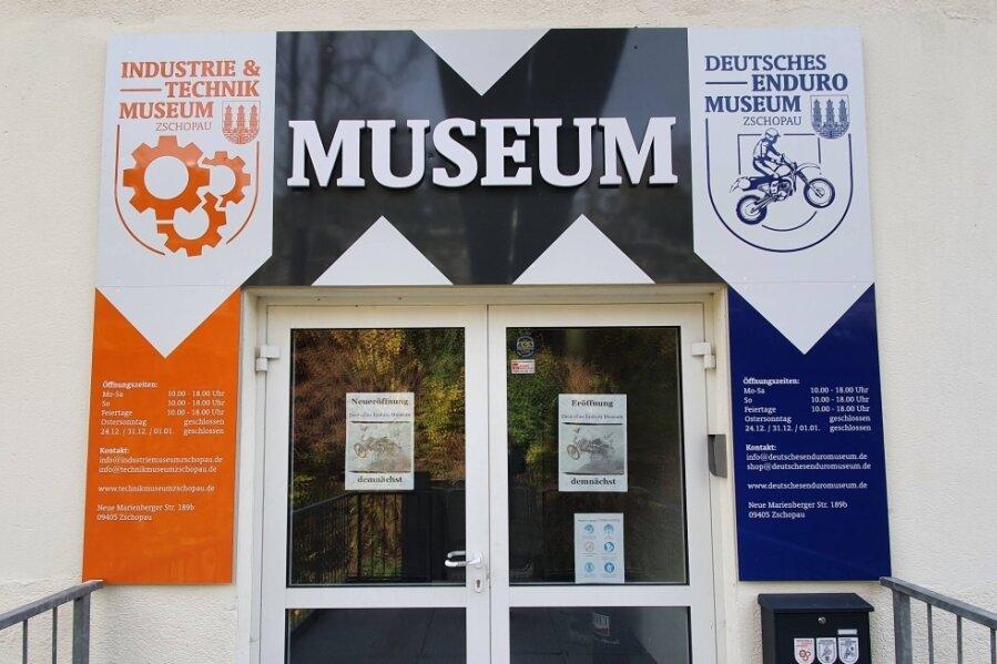 Die Tür des Enduro- und Technik-Museums im Zschopauer MZ-Altwerk bleibt für die Öffentlichkeit vorerst noch geschlossen.