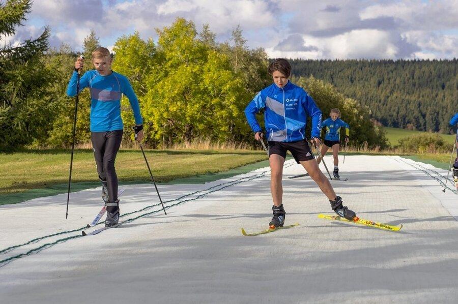 Sportler des Teams Sachsen - aussichtsreiche Sportler aus dem Freistaat - sind begeistert von der Trainingsanlage in Oberwiesenthal.