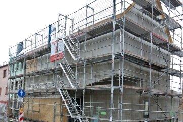 Rohbau und Dach des neuen Depots sind fertig. Es geht mit dem Innenausbau weiter.