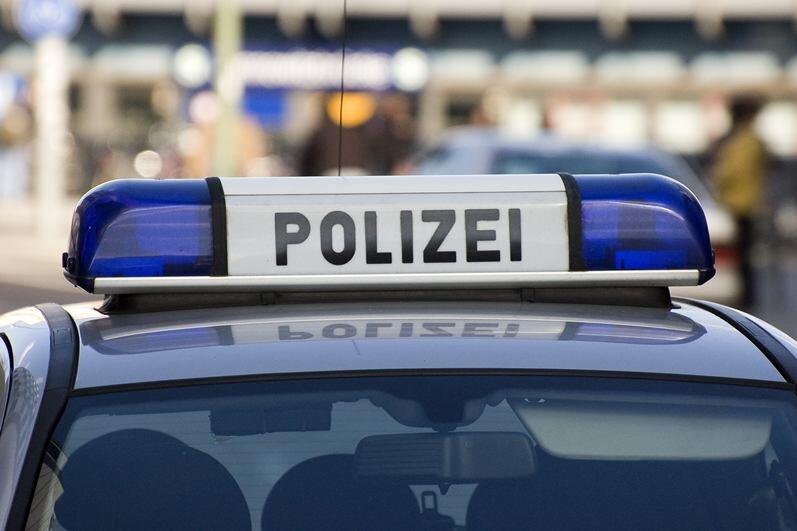 Detektiv verfolgt mutmaßliche Ladendiebin im Elektrorollstuhl