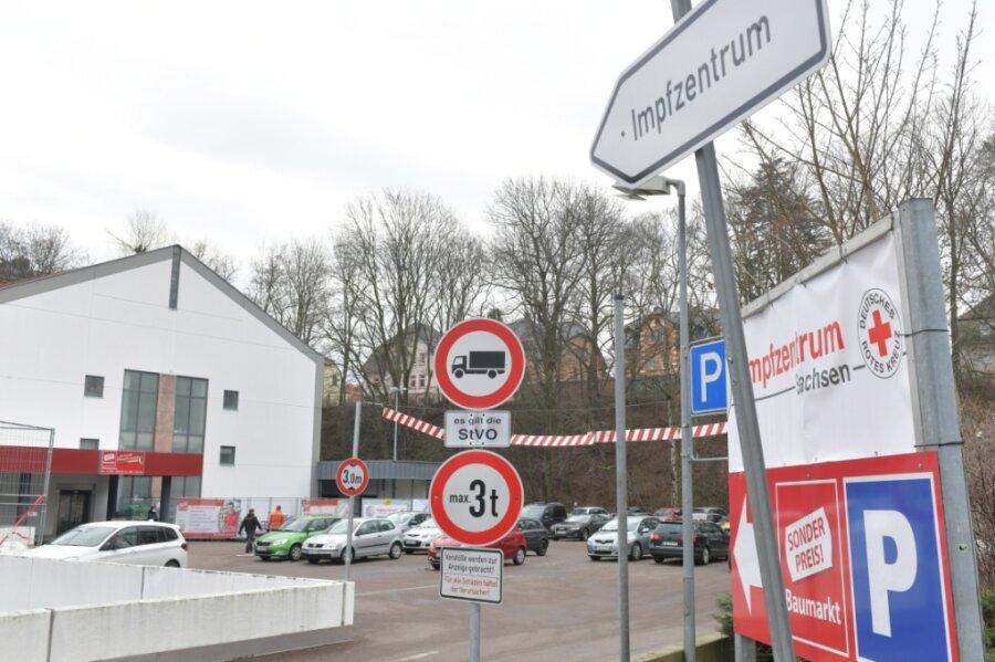 Das einzige mittelsächsische Impfzentrum befindet sich im Obergeschoss des Simmel-Marktes an der Schillerstraße 1 in Mittweida.