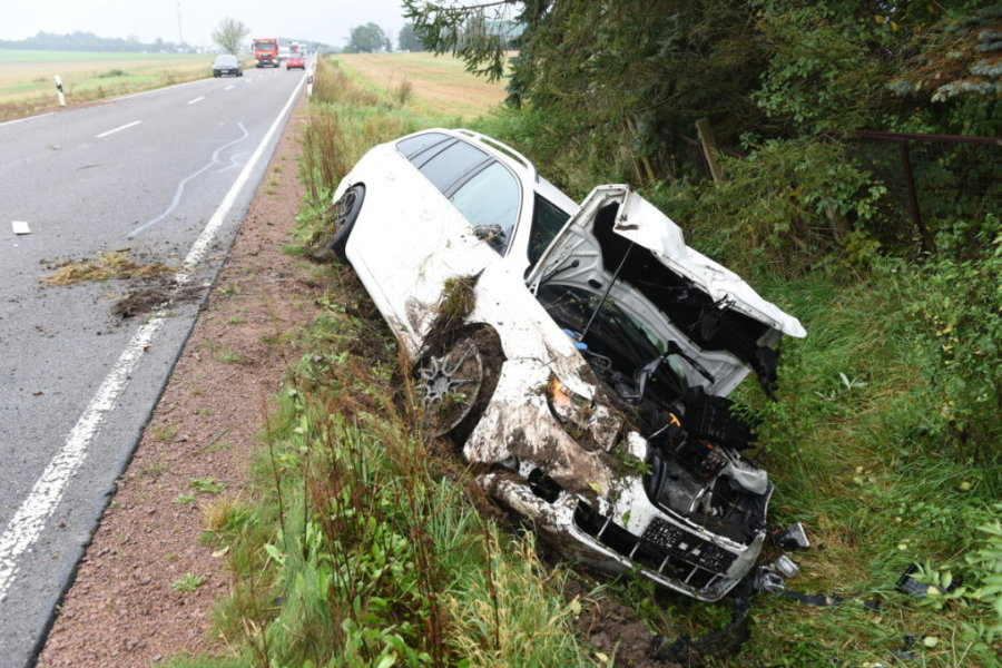 Unfall bei Altgeringswalde - Vier Verletzte und 45.000 Euro Schaden