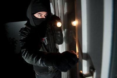 Erneut Schule Ziel von Einbrechern